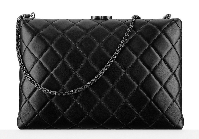 Chanel-Kiss-Lock-Minaudiere-3500