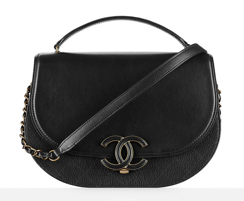 Chanel-Messenger-Bag-Black-3300