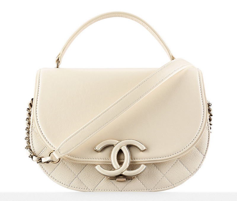 Chanel-Messenger-Bag-Ivory-3000